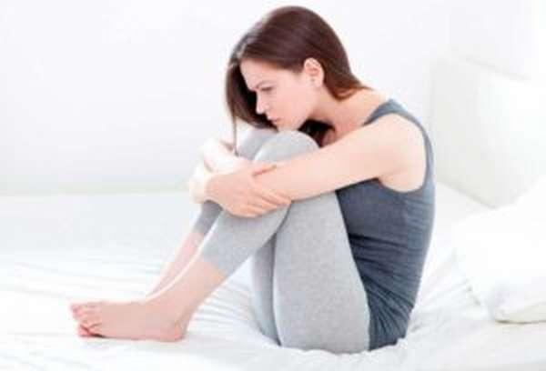 Причины задержки месячных из-за цистита у женщин, как лечить цистит во время месячных антибиотиками в домашних условиях