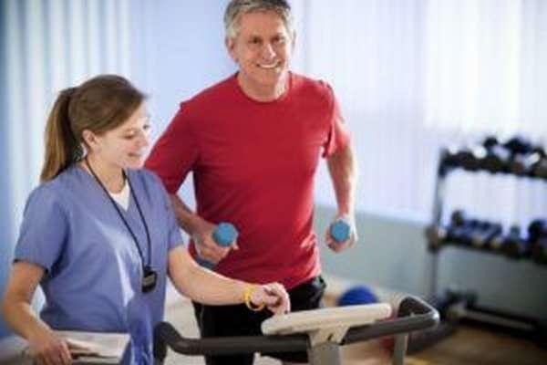 Перед началом занятий лечебной физкультуры необходимо проконсультироваться с врачом