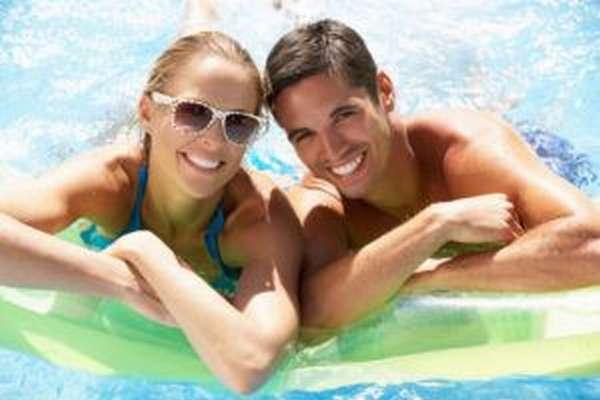 Плавание является одним из наиболее безопасных и полезных видов спорта