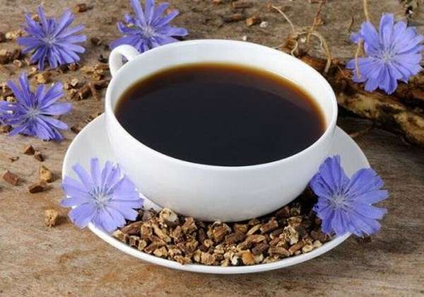 Чашка с кофе из цикория