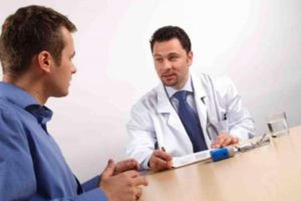 Как только у мужчины начались проблемы в сексуальной сфере, следует обратиться к врачу