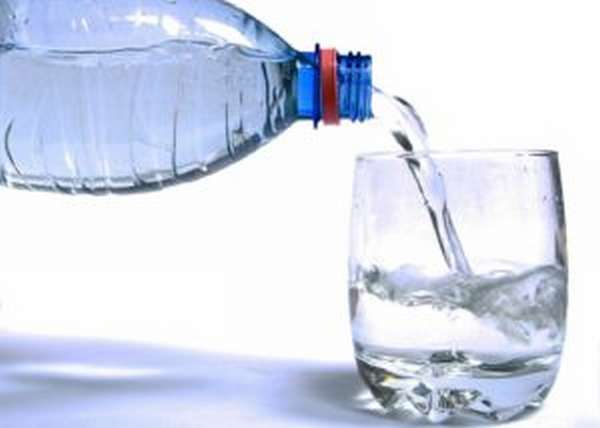 питье воды