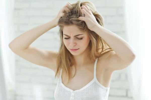 Как проявляется вирус герпеса на голове и его лечение