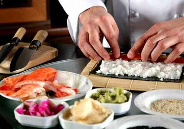 процесс готовки японских деликатесов