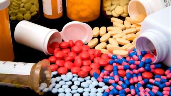 Антибиотики при герпесе на теле, на губах