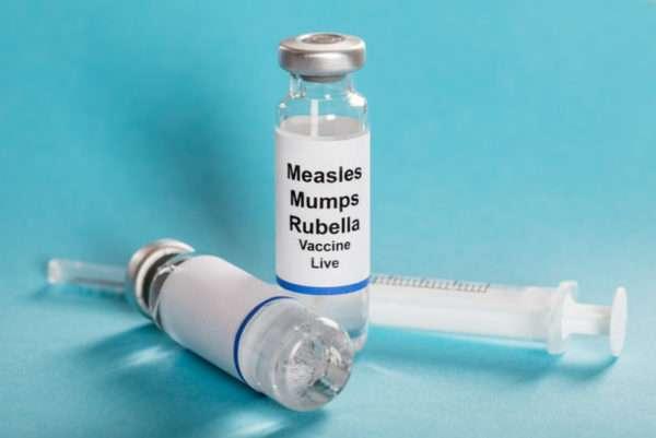 Комплексная вакцина от кори, паротита и краснухи