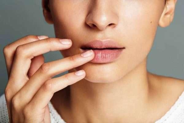 От герпеса на губах гидрокортизон
