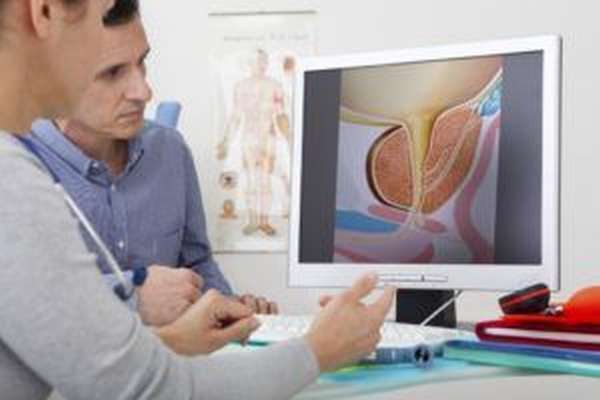 Для выявления азооспермии врачу необходимо изучить историю болезней пациента