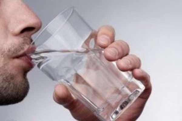 Препарат необходимо запивать большим количеством воды