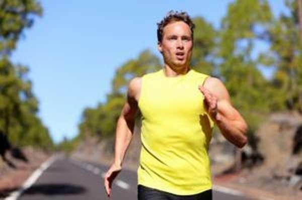 При малоподвижном образе жизни следует регулярно заниматься физкультурой