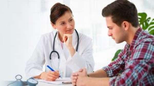 При первых признаках воспаления необходимо обратиться к врачу