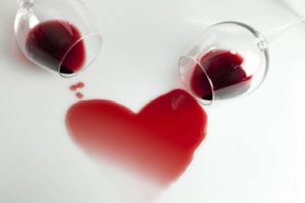 Прием препарата совместно с алкоголем может привести к болезням сердца
