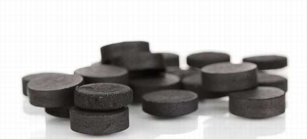 Помогает ли активированный уголь от тошноты и рвоты?